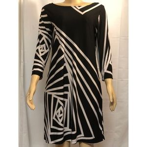 Forever Black & White Geometric Design Dress Sz L